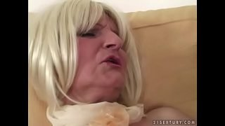 BBC filled a granny pussy