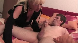 Free Version – Mom lets her mature son enjoy fucking him with his hand