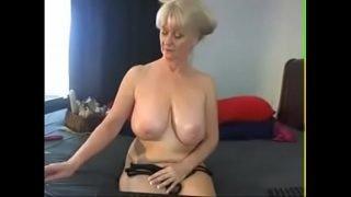 hot mature german on cam  – hotcamsgirl.webcam