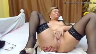 Hot Mature on Webcam – Watch More At www.camsplaza.online