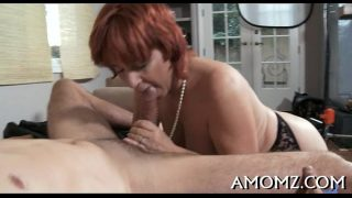 Mamma satisfies her starving vagina