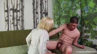 Mature blonde chick enjoys yet another pussy pounding